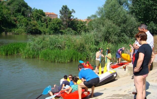 Día en piragua en el río Ebro