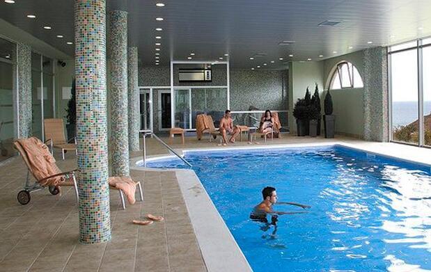 Hotel y Spa para 2 en Comillas