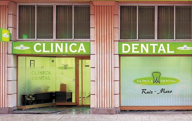 Revisión completa y limpieza dental