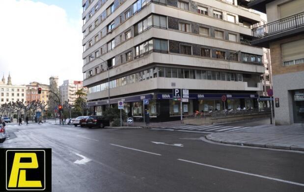 Aparca tu coche en el centro de Logroño