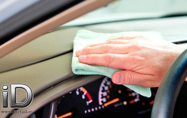 Estrena coche: la limpieza más a fondo