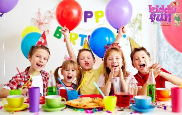 Fiesta de cumpleaños para 10 niños