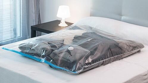 Bolsa al vacío para ropa INNOVAGOODS (100 x 130 cm)