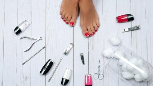 Luce uñas perfectas en verano con la manicura y/o pedicura de Kensho