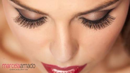 Extensiones de pestañas semi-permanentes, deslumbra con tu mirada