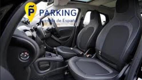 Lavado manual, interior y exterior de coche con ozonización + parking