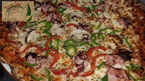 Ven a probar las exquisitas pizzas de Tierra Lara