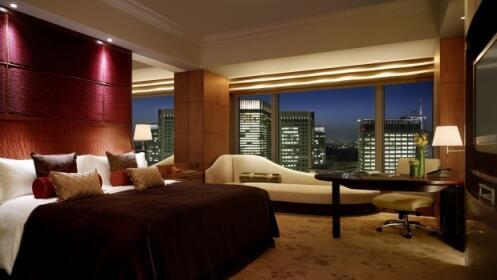 20 noches de hotel para 2 a 7€