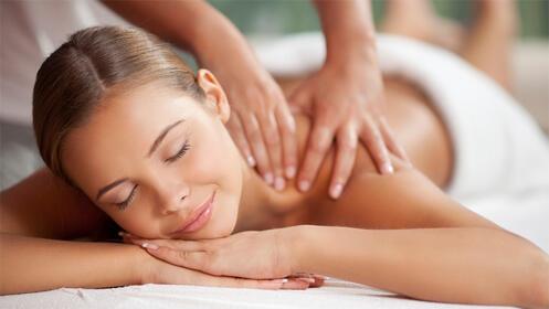 Sesión de masaje relajante corporal, ¡regálate relax!